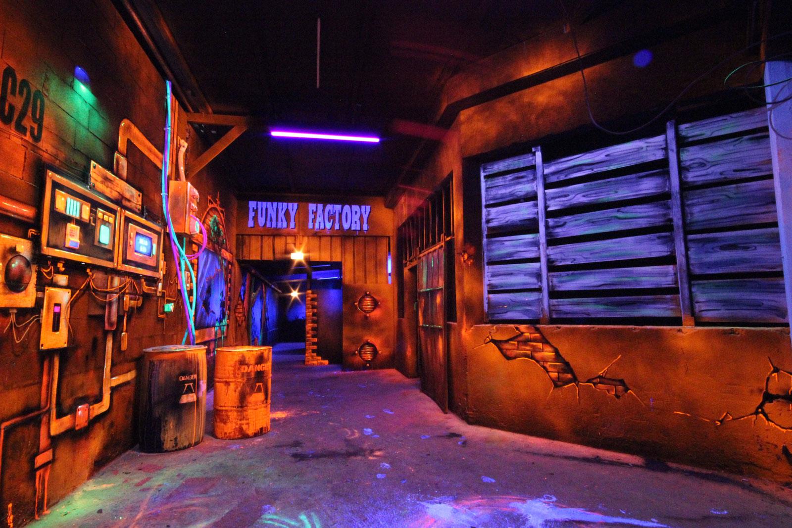 La salle de Laser Game de la Funky Factory - image 1